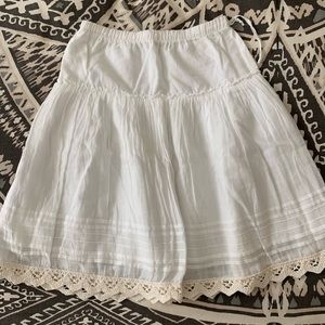 Il Gufo skirt with crochet detail